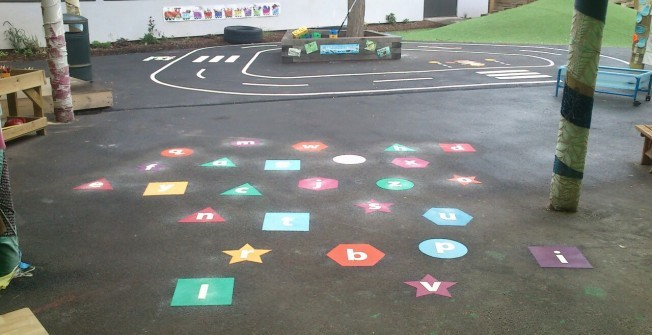 KS1 Thermoplastic Markings in Abercrombie